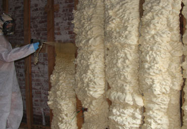 Types of Spray Foam in Montreal
